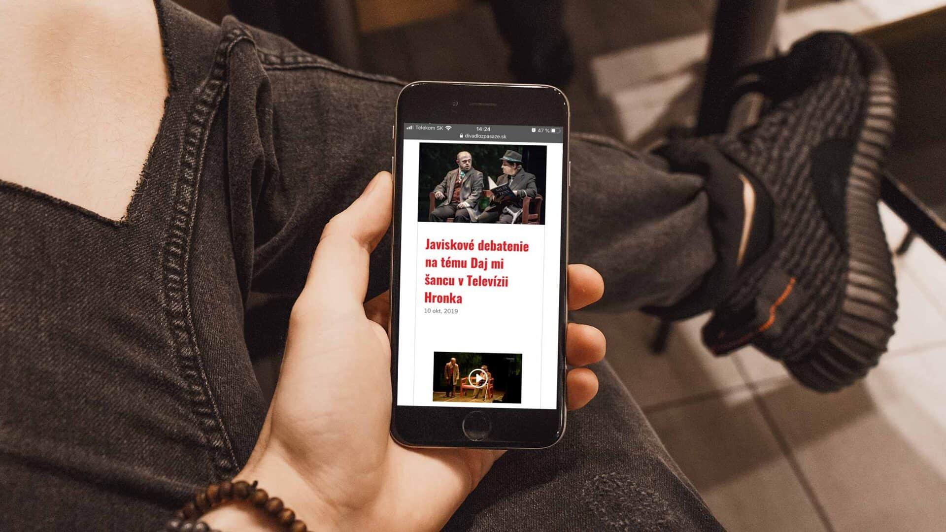 Webstránka Divadlo z Pasáže 7