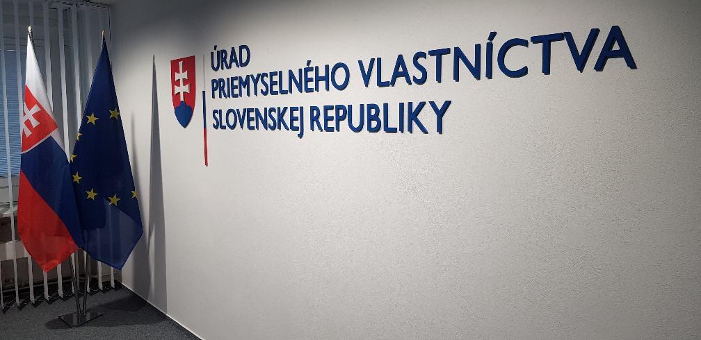 Priestorový logotyp Úrad priemyselného vlastníctva Slovenskej republiky 4